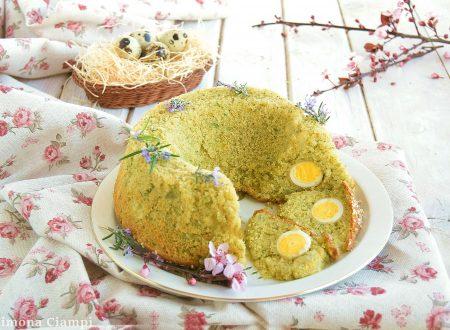Ciambella salata al pesto e patate con uova di quaglia