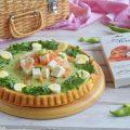 Crostata salata morbida, crema di fave, primo sale e salmone