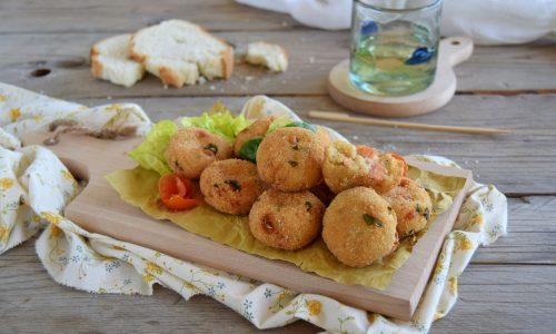Polpette di pane morbide con ricotta con salmone