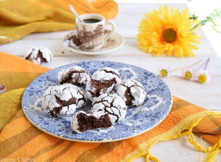 Biscotti al cioccolato crinkle senza burro
