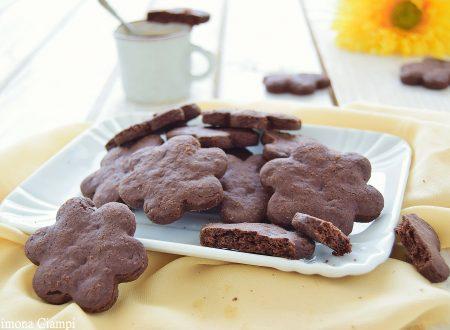 Frollini al cacao e gocce di cioccolato friabilissimi