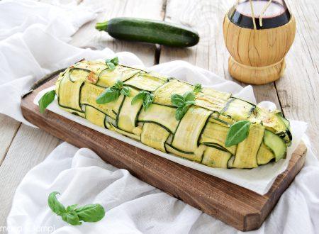 Rotolo di zucchine a intreccio con patate scamorza e salsiccia