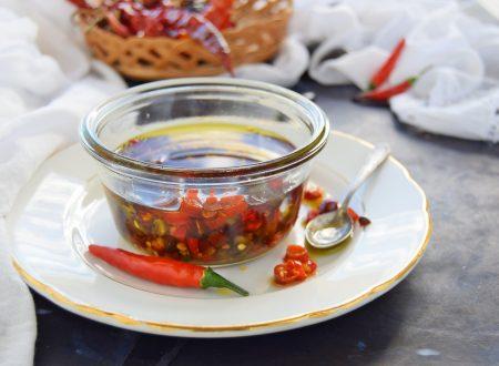 Come fare i peperoncini sott'olio senza muffa