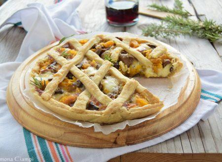 Torta salata con zucca funghi e pecorino