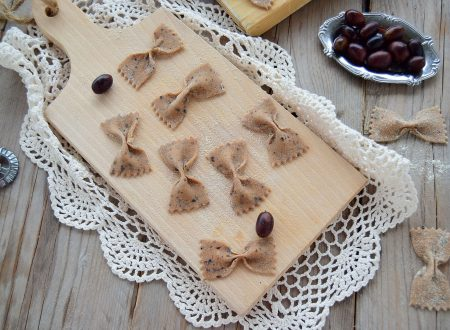 Farfalle fatte in casa alle olive
