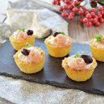 Cestini di polenta con mousse di salmone-antipasto sfizioso