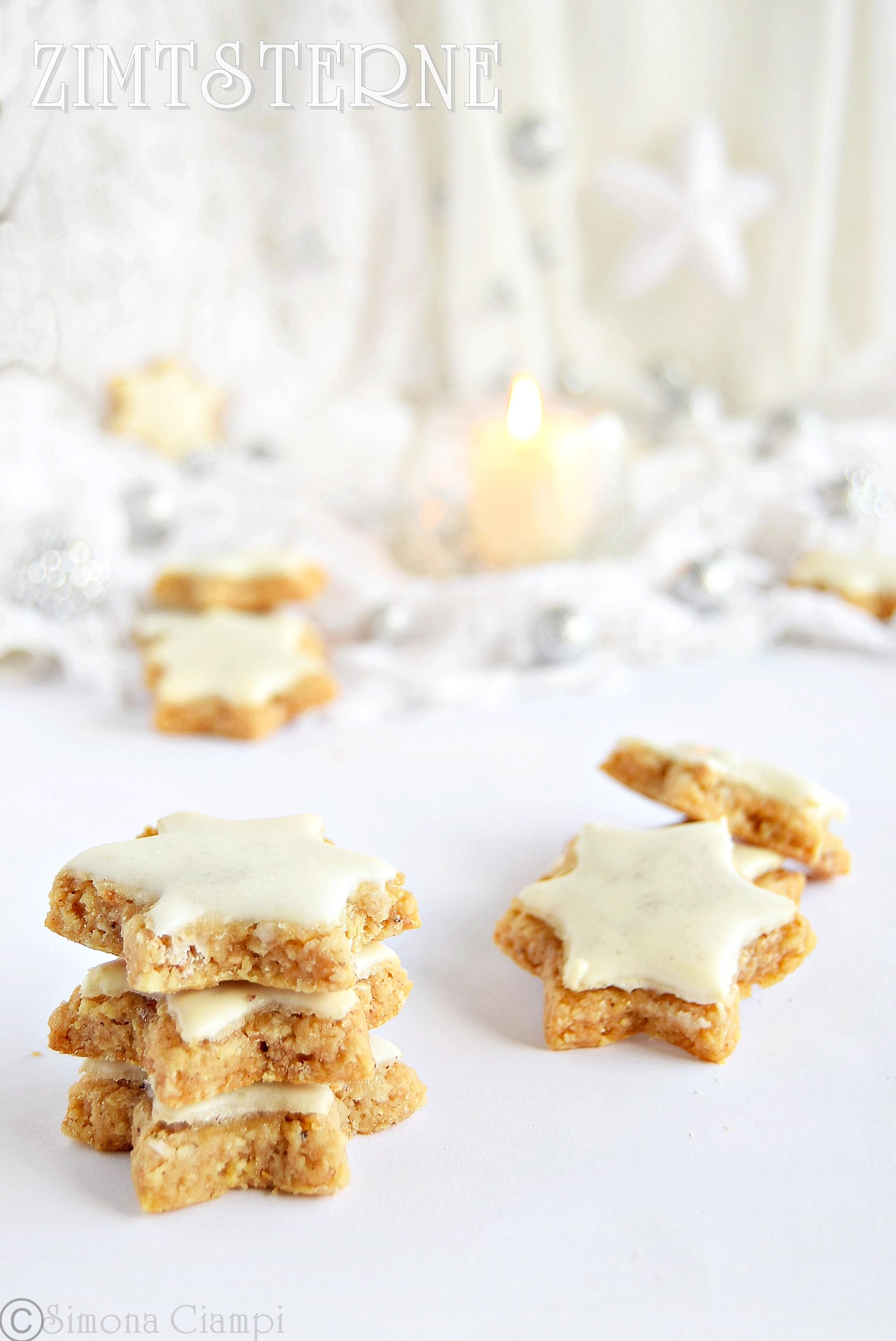 Zimtsterne biscotti di Natale svizzeri