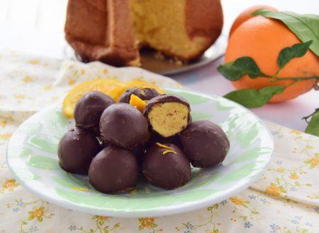 Tartufi di pandoro all'arancia