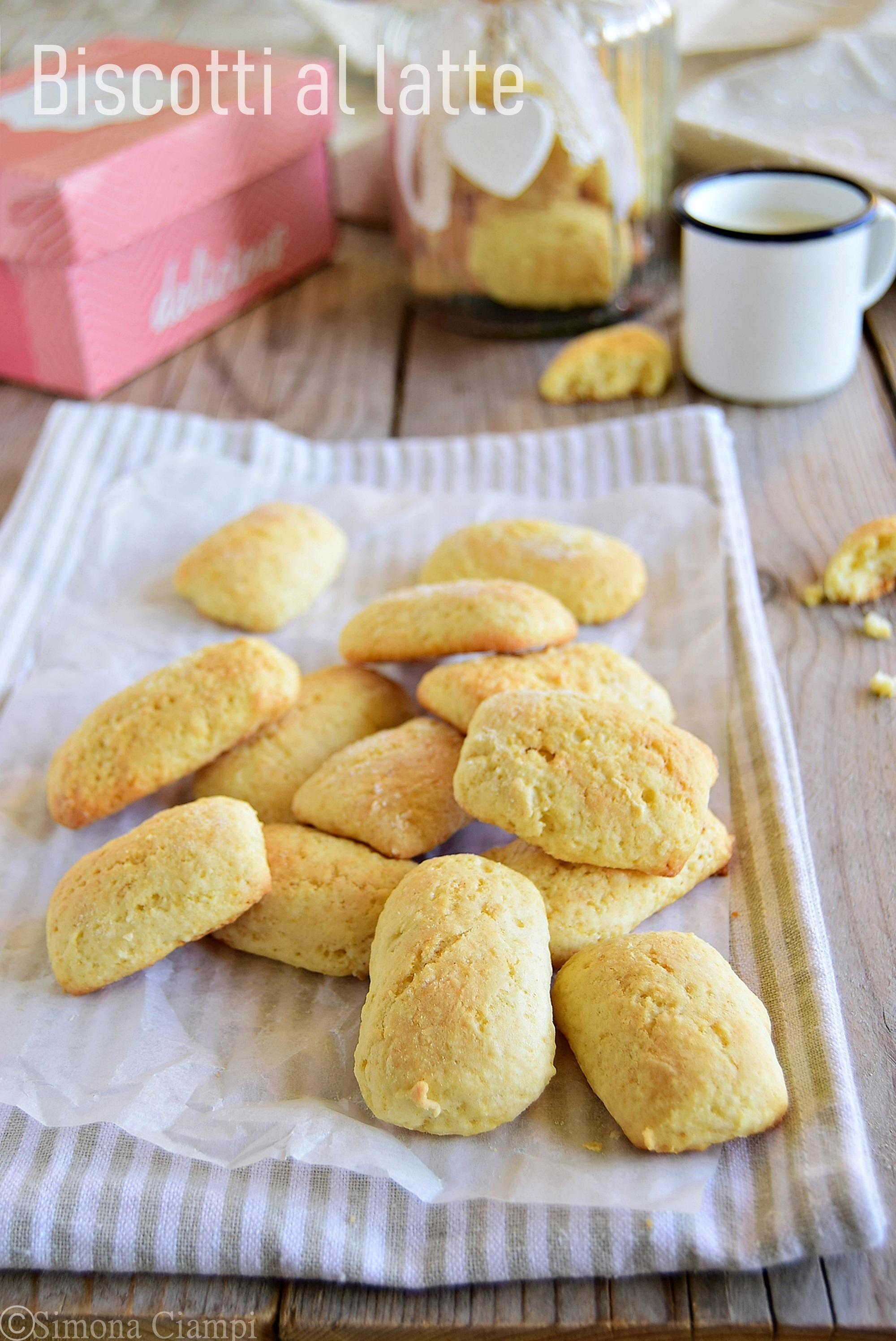 Biscotti al latte ricetta facile per la colazione