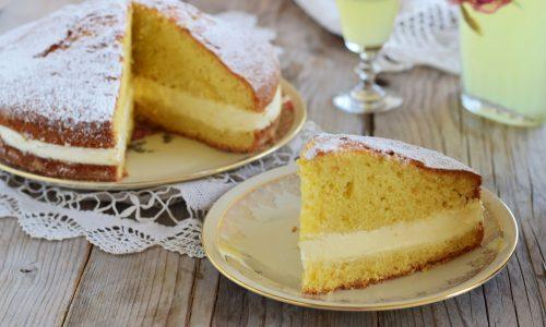 Torta al limoncello veloce senza crema pasticcera
