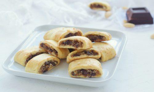 Biscotti ai fichi mandorle e cioccolato