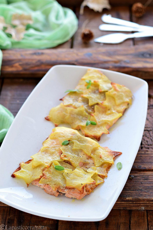 Salmone in crosta di patate a stella