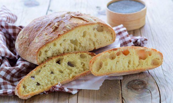 Pane fatto in casa ricetta semplice- con lievito madre o di birra