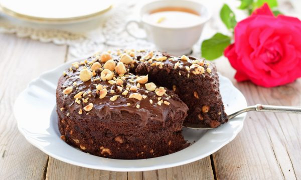 Torta nocciole e cioccolato senza glutine