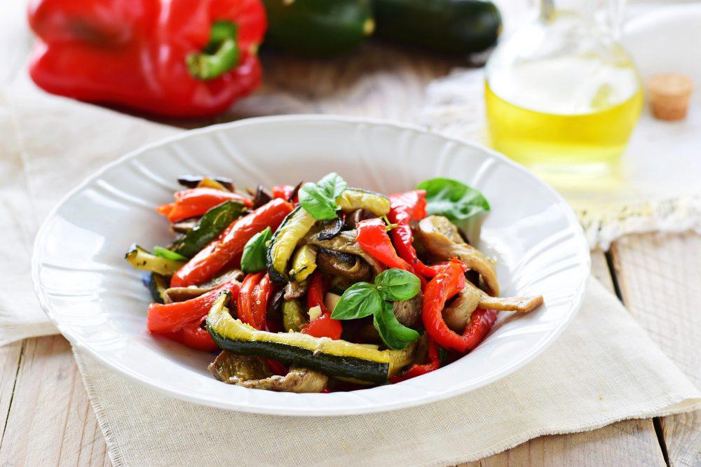 Insalata di verdure grigliate estiva