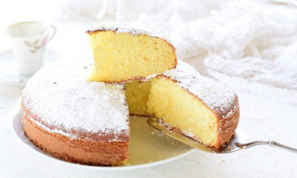 Torta allo yogurt soffice- con ingrediente speciale