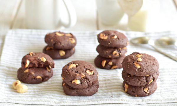 Biscotti al cioccolato e nocciole-cioccolatosissimi