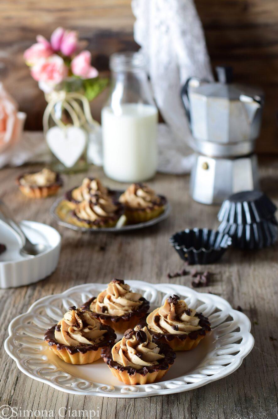 Cestini di pasta frolla cioccolato e caffè-facili e golosi