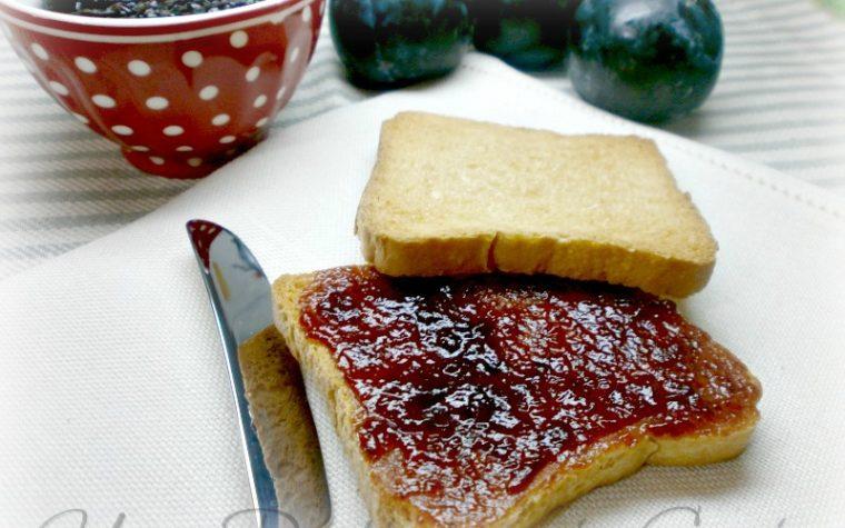 Marmellata di prugne senza zucchero
