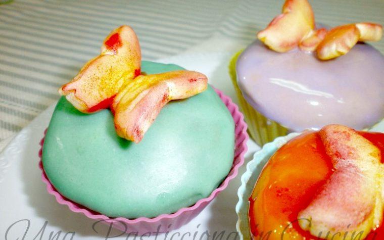 Cupcakes frutta di bosco decorati Ricetta
