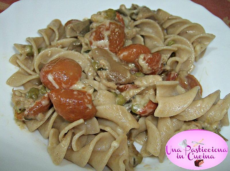 pasta alle verdure cremosa,carne e funghi ricetta