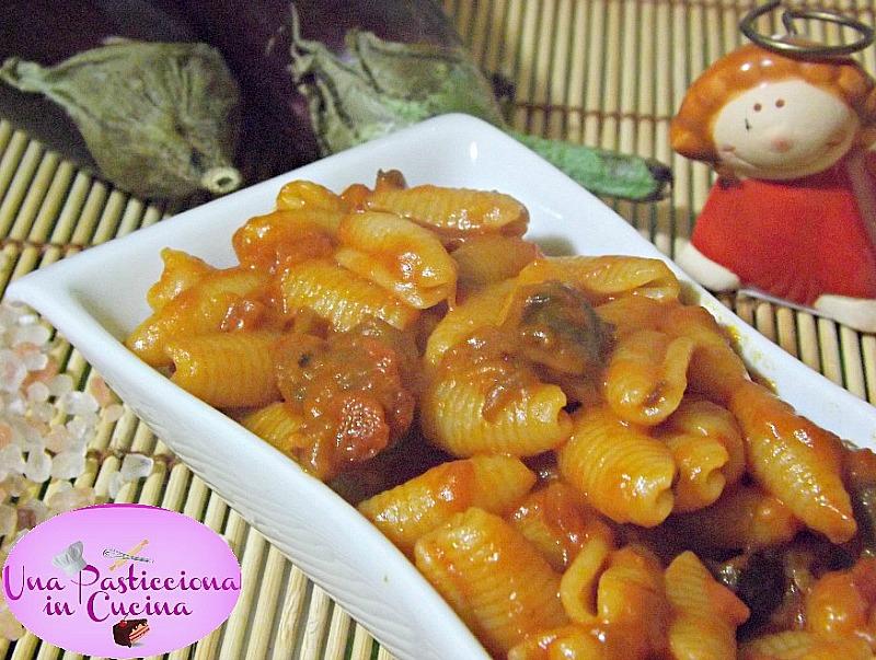 pasta con melanzane e mozzarella ricetta