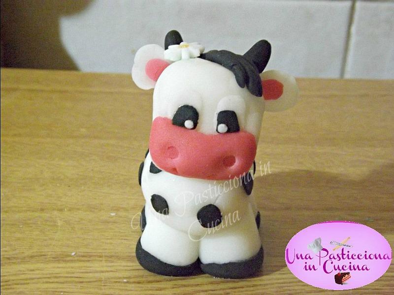 Mucca in Pasta di Zucchero
