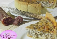 Torta Salata con Salsiccia e Funghi