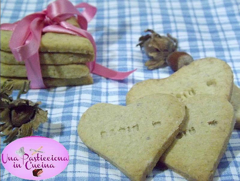 Biscotti alle Nocciole Ricetta San Valentino