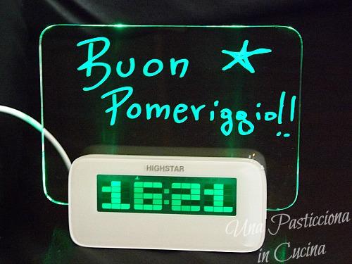 Sveglia con Promemoria Luminoso: per te da Poinx