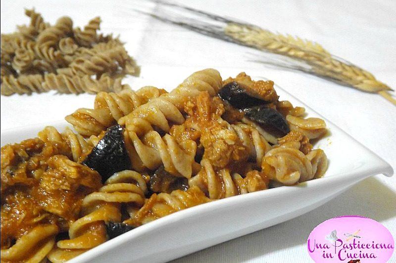 Pasta con Tonno e Olive Nere Ricetta