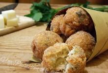 Polpette di Salmone, Provolone e Patate