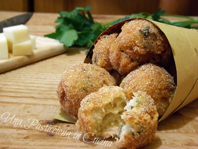 Polpette di Salmone Provolone e Patate