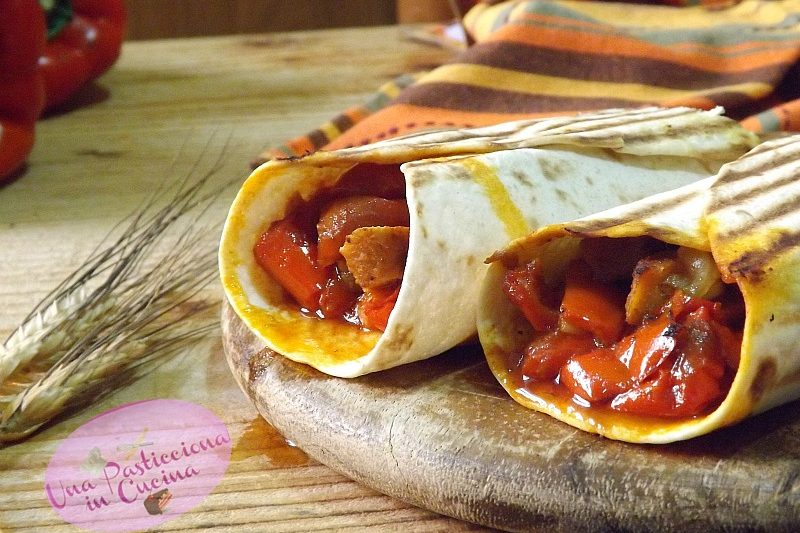 Tortillas di Pollo con Peperoni e Scamorza