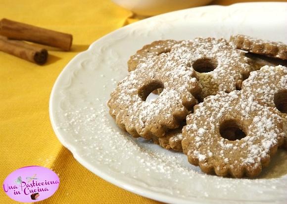 Biscotti di Natale Speziati senza Burro e senza Uova
