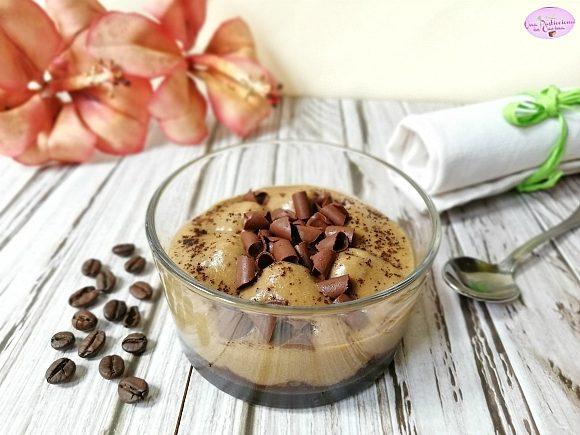 Mousse al Caffè e Cioccolato senza Uova