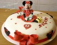 Torta Minnie in Pasta di Zucchero