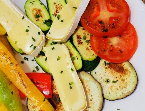 Verdure grigliate e formaggio caldo