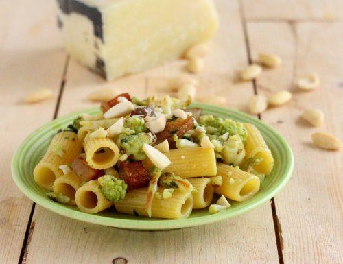 Rigatoni broccolo romano e mandorle