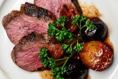 Carne di anatra al vino rosso