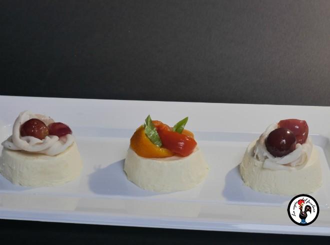 panna cotta al parmigiano con lardo e uva caramellata