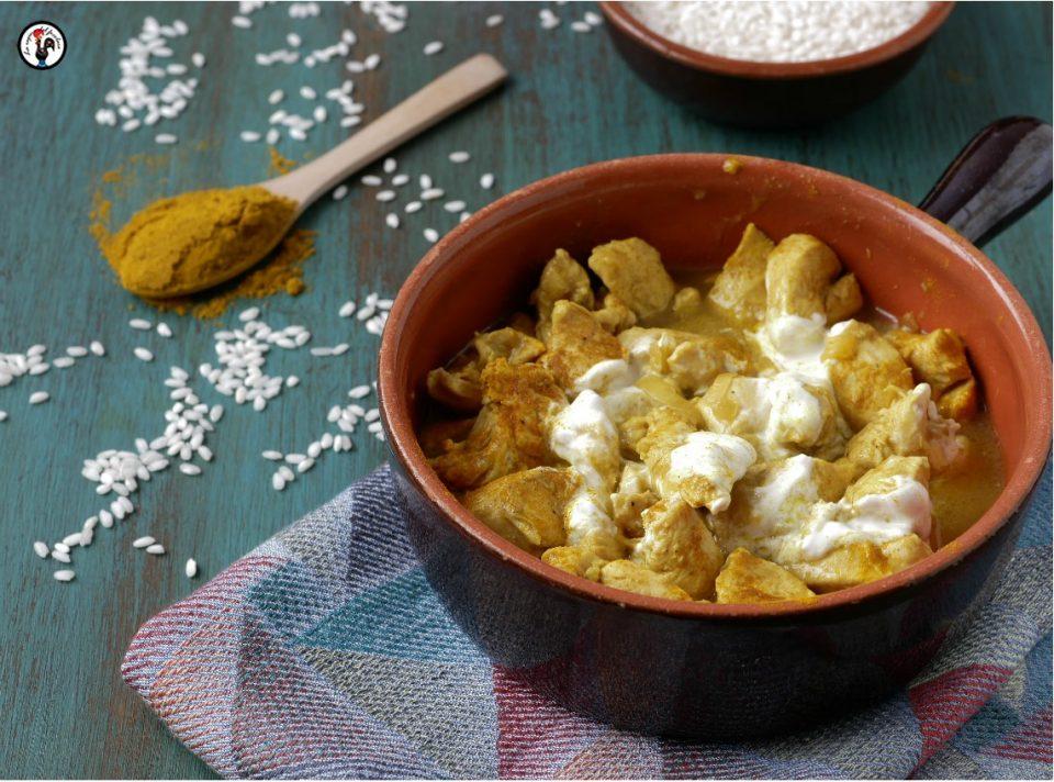 pollo al curry mantecato al cocco