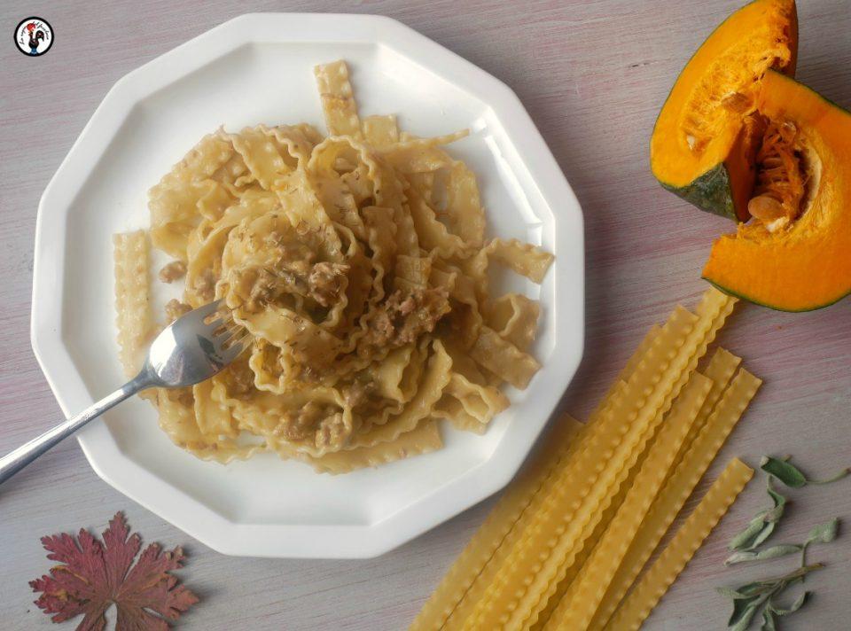 Reginette zucca e salsiccia al finocchietto