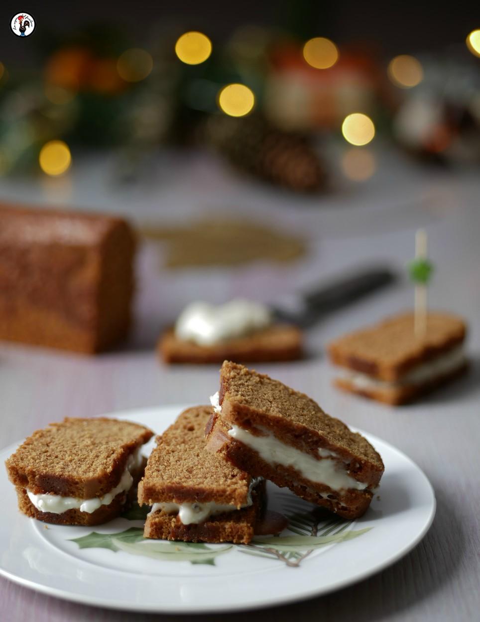 Tartine di pan di spezie al gorgonzola
