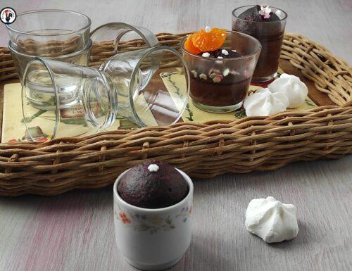 Mug Cake al cioccolato: ricetta e dosi per tante persone