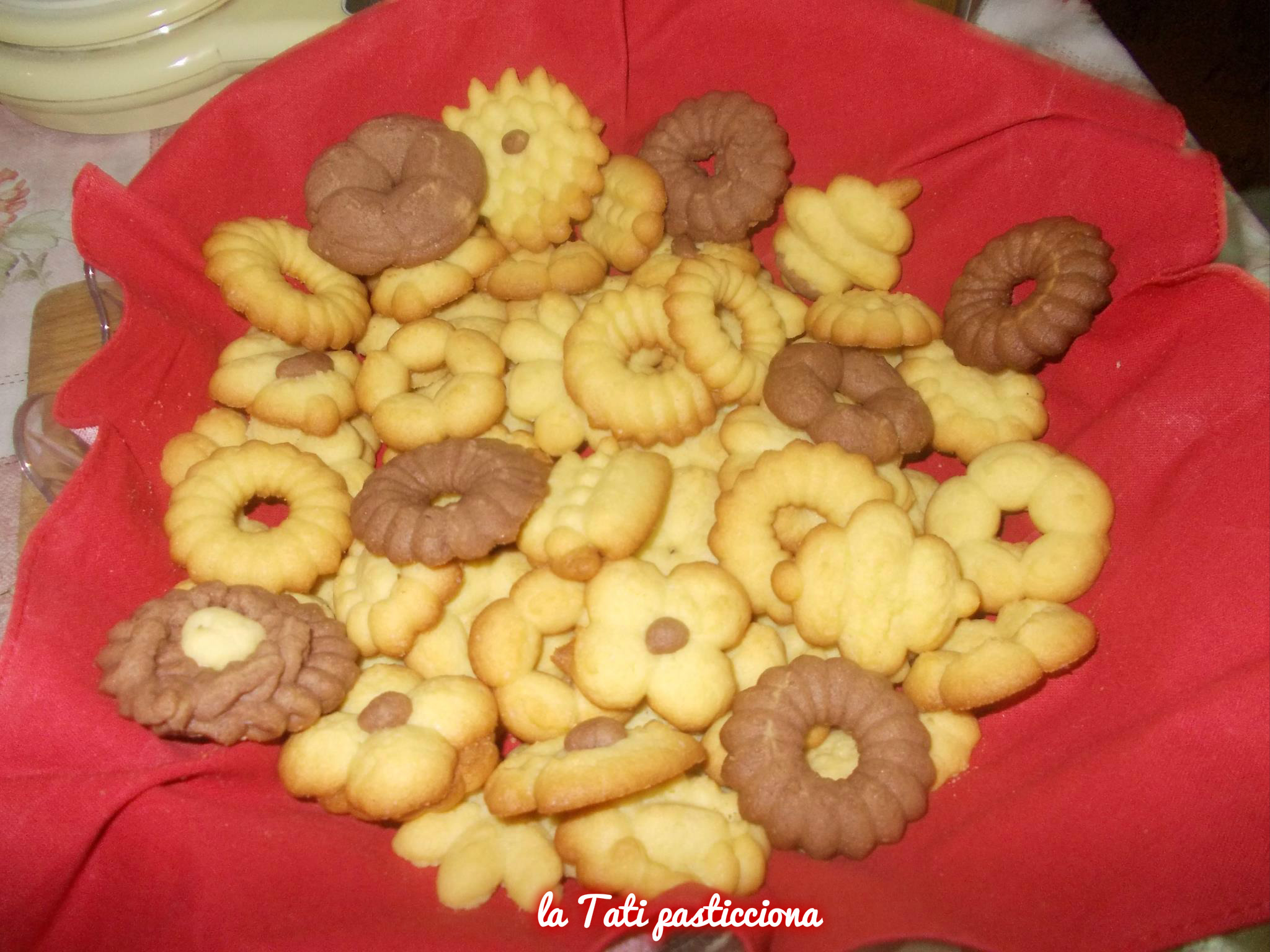 biscottini al burro con la sparabiscotti