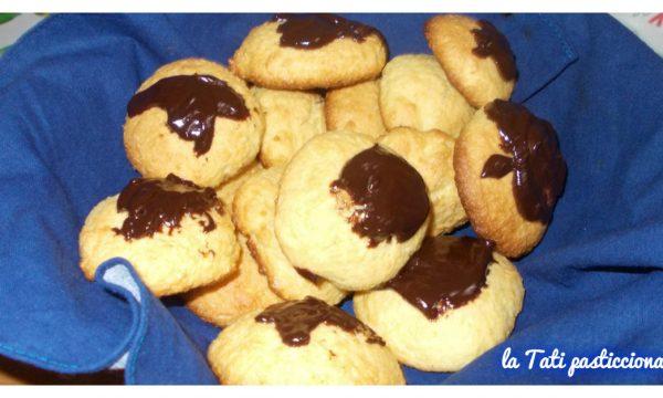 Biscotti rustici al cocco senza burro