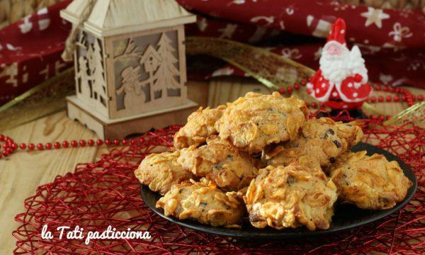 Frollini cornflakes e gocce di cioccolato