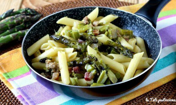 Penne asparagi e salsiccia