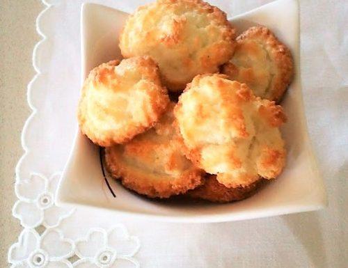 Biscotti al cocco morbidi ricetta semplice